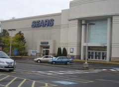 relatives accused of shoplifting at sears